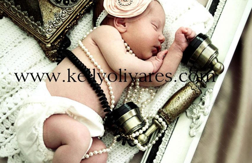 Kelly Olivares Newborn Photography